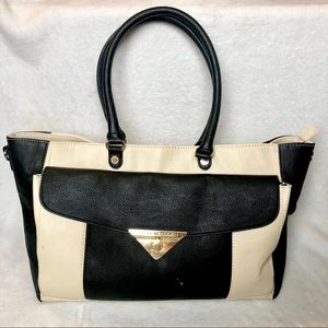 Steve Madden large white &  black tote purse